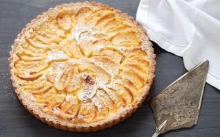 Ricetta crostata di mele con crema