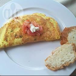 Omelette al salmone e caprino