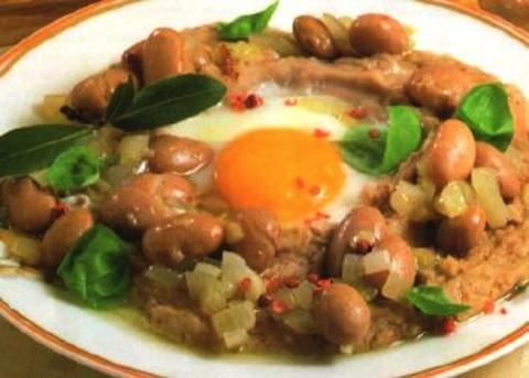 Fagioli borlotti e uova