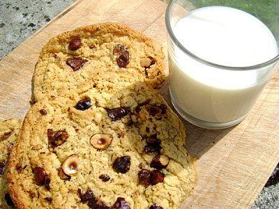 Ricetta cookies alle nocciole e cioccolato