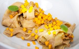 Ricetta pappardelle ai funghi e zucca