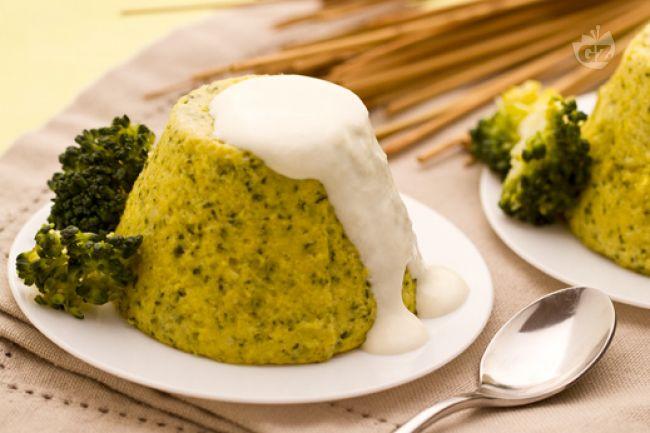 Ricetta sformati di broccoli con salsa al caprino
