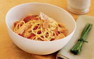 Ricetta spaghetti freddi al tonno