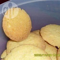 Biscotti di mais al cocco