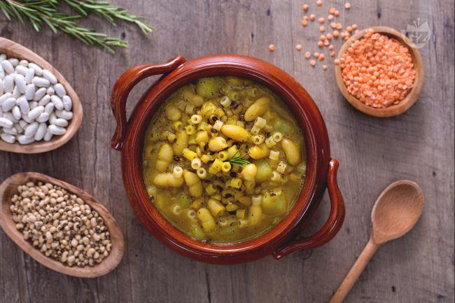 Ricetta minestra di legumi e curcuma