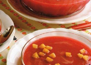Zuppa di ciliegie al vino rosso