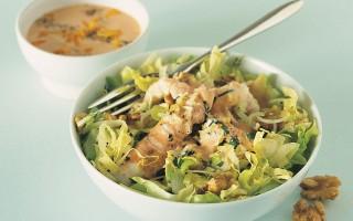 Ricetta insalata di scampi alle noci