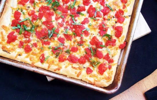 Pizza friabile alla napoletana