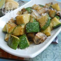 Zucchine e cipolle al funghetto