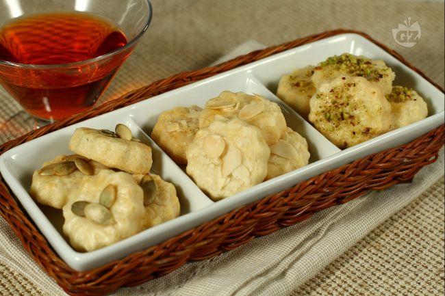 Ricetta biscotti con parmigiano e pecorino