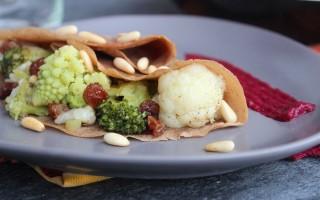 Ricetta crepes salate con broccoli e crema di barbabietole ...