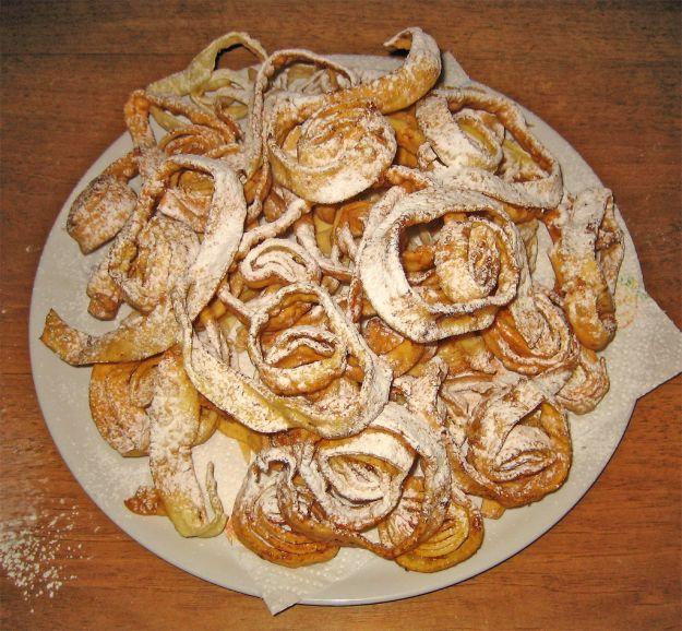 Ricetta tagliatelle fritte di carnevale