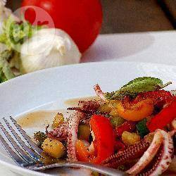 Insalata tiepida di calamari e verdure