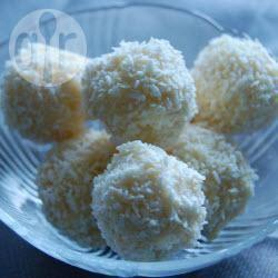 Palline di cocco e ricotta al cioccolato bianco