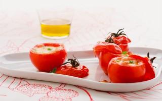 Ricetta pomodori al forno ripieni di pecorino