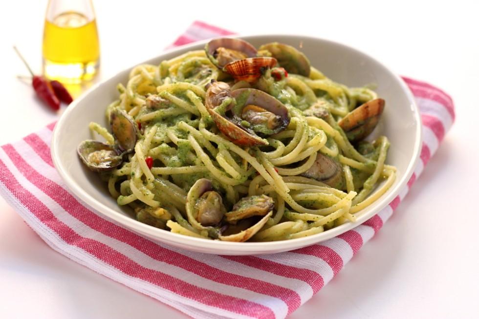 Ricetta vermicelli alle vongole e crema di broccoli