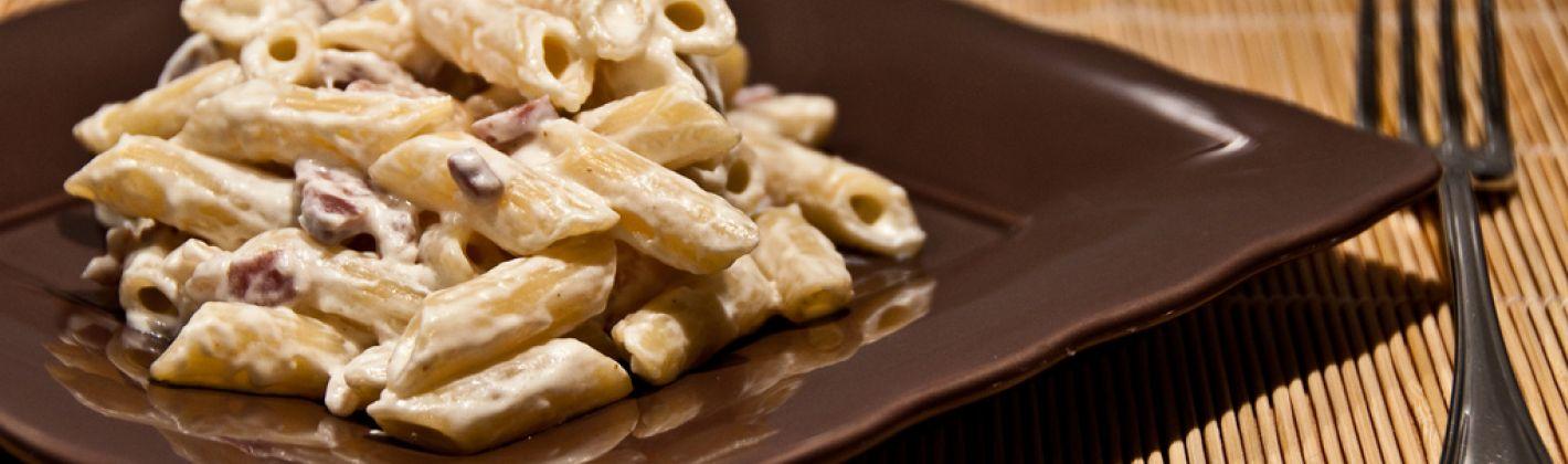 Ricetta pasta con pancetta, panna e gorgonzola