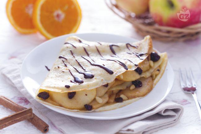 Ricetta crepes torta di mele