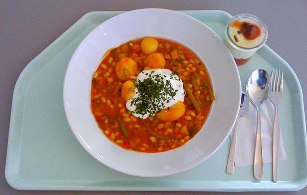 Ricetta zuppa di fagioli e prosciutto