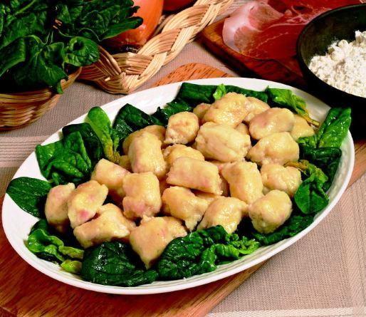 Gnocchi di pane con spinaci