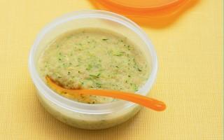 Ricetta minestrina con stracciatella d'uovo e zucchine grattugiate ...