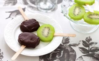 Ricetta kiwi al cioccolato sullo stecco