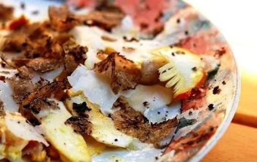 Antipasto di ovoli e tartufi