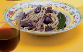 Ricetta spaghetti con lepre e pancetta