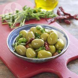 Olive all'origano e peperoncino