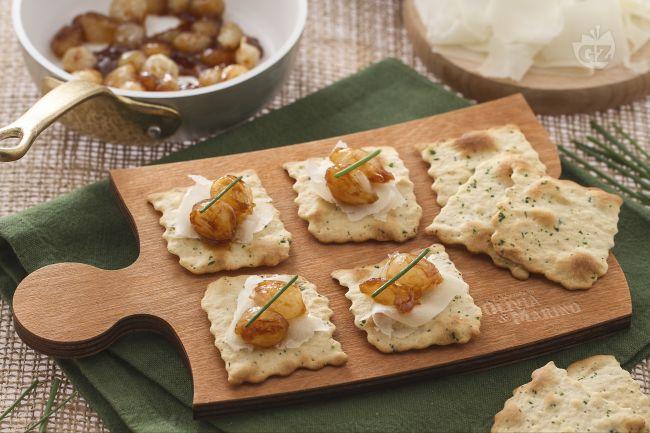 Ricetta sfoglia alle olive con cipolle caramellate