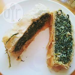 Strudel salato con ricotta, spinaci e pancetta