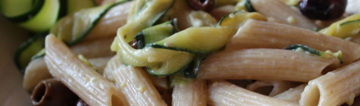 Ricetta pasta fredda con zucchine e olive