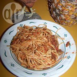 Spaghetti al sugo di pancetta e funghi