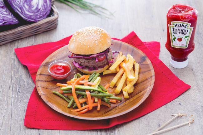 Ricetta hamburger alle erbe aromatiche con verdure miste e ...