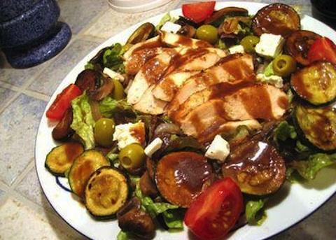 Fritto di pollo con verdure