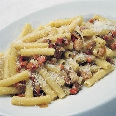 Ricetta pasta all'amatriciana in bianco