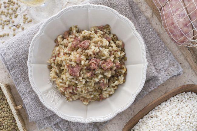 Ricetta risotto al cotechino, lenticchie e spumante
