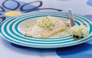 Ricetta filetti di merluzzo al vapore con burro al prezzemolo ...