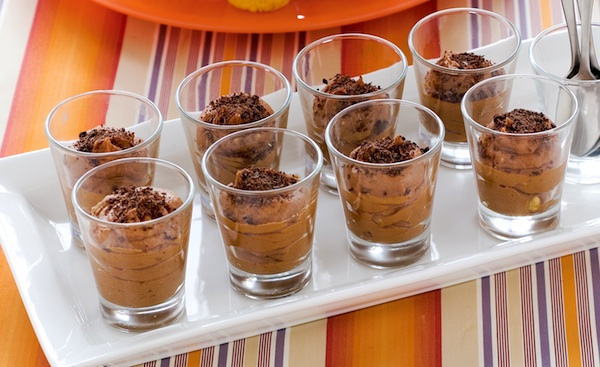Mousse al cioccolato e nocciole