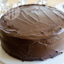 Torta al cioccolato vegana, con crema al tofu
