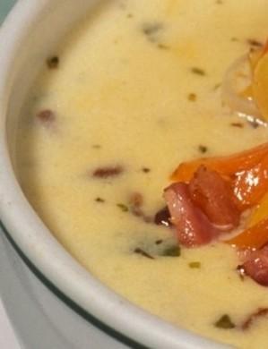Ricetta zuppa di patate e pancetta affumicata