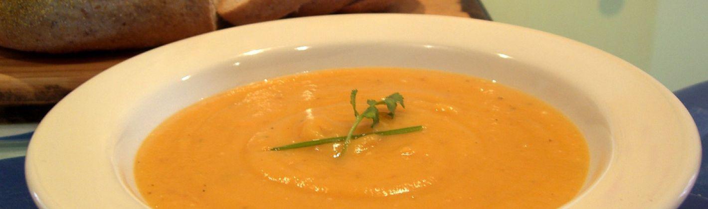 Ricetta zuppa di radicchio, porro e zucca