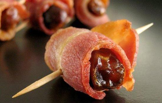 Prugne al bacon