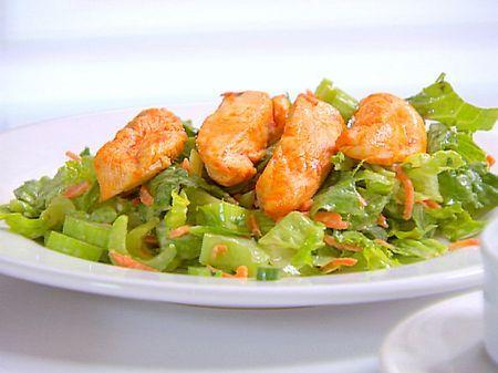 Ricetta insalata di pollo con funghi prosciutto e sedano