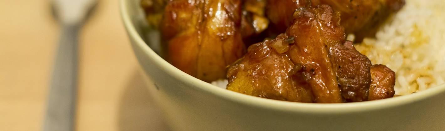 Ricetta pollo e zenzero in salsa di caramello (ga kho)
