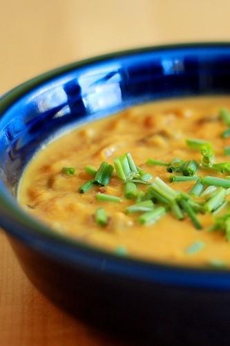 Ricetta zuppa di zucca e piselli