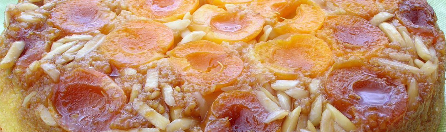 Ricetta torta alle albicocche rovesciata