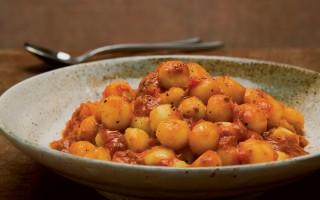 Ricetta gnocchi di patate al sugo di coniglio
