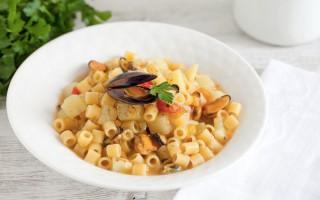 Ricetta minestra di pasta, patate e cozze