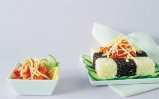 Ricetta insalata alla creola di riso bianco e nero